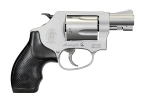 Smith & Wesson Revolver: Double Action Model 637 - 38 Chiefs Special Airweight - Click to see Larger Image
