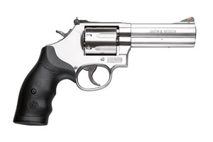 Smith & Wesson Revolver: Double Action Model 686 PLUS - Distinguished Combat Magnum - Click to see Larger Image