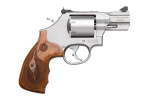 Smith & Wesson|Smith & Wesson Performance Ctr Revolver: Double Action M686 - Click to see Larger Image
